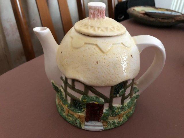 Image 3 of 3 Decorative Cottage Teapots