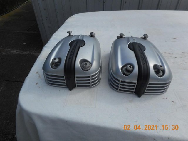 Image 2 of Cylinder Head Covers