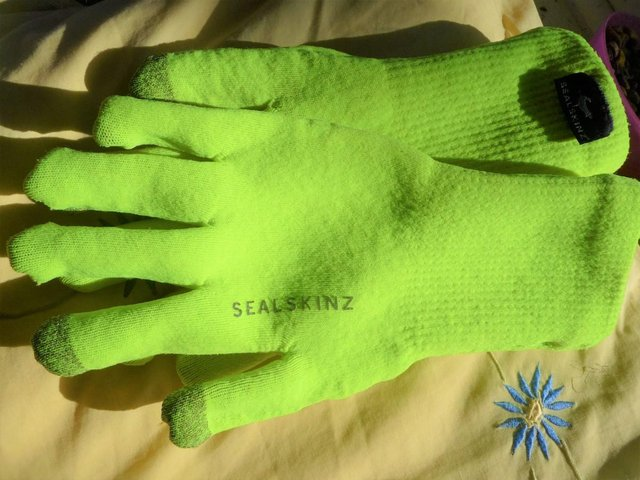 Image 2 of GLOVES - Waterproof Ultra Grip Knitted Glove from Sealskinz