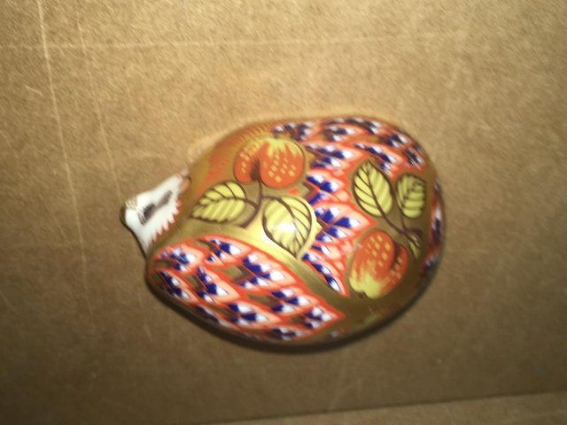 Image 3 of Royal Crown Derby Orchard Hedgehog Paperweight