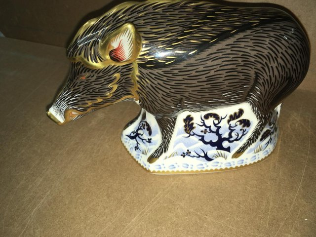 Image 2 of Boxed New Royal Crown Derby Wild Boar Paperweight