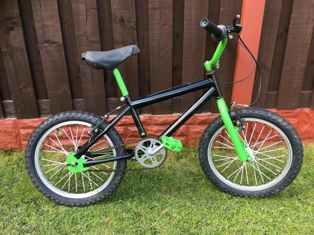 "Preview of the first image of Boys 18"" bike bmx can deliver."