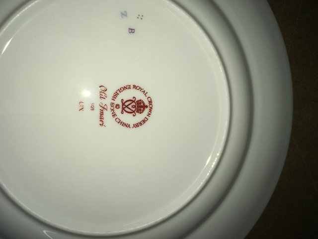 Preview of the first image of Royal Crown Derby Old Imari 1128 8 inch Plate.