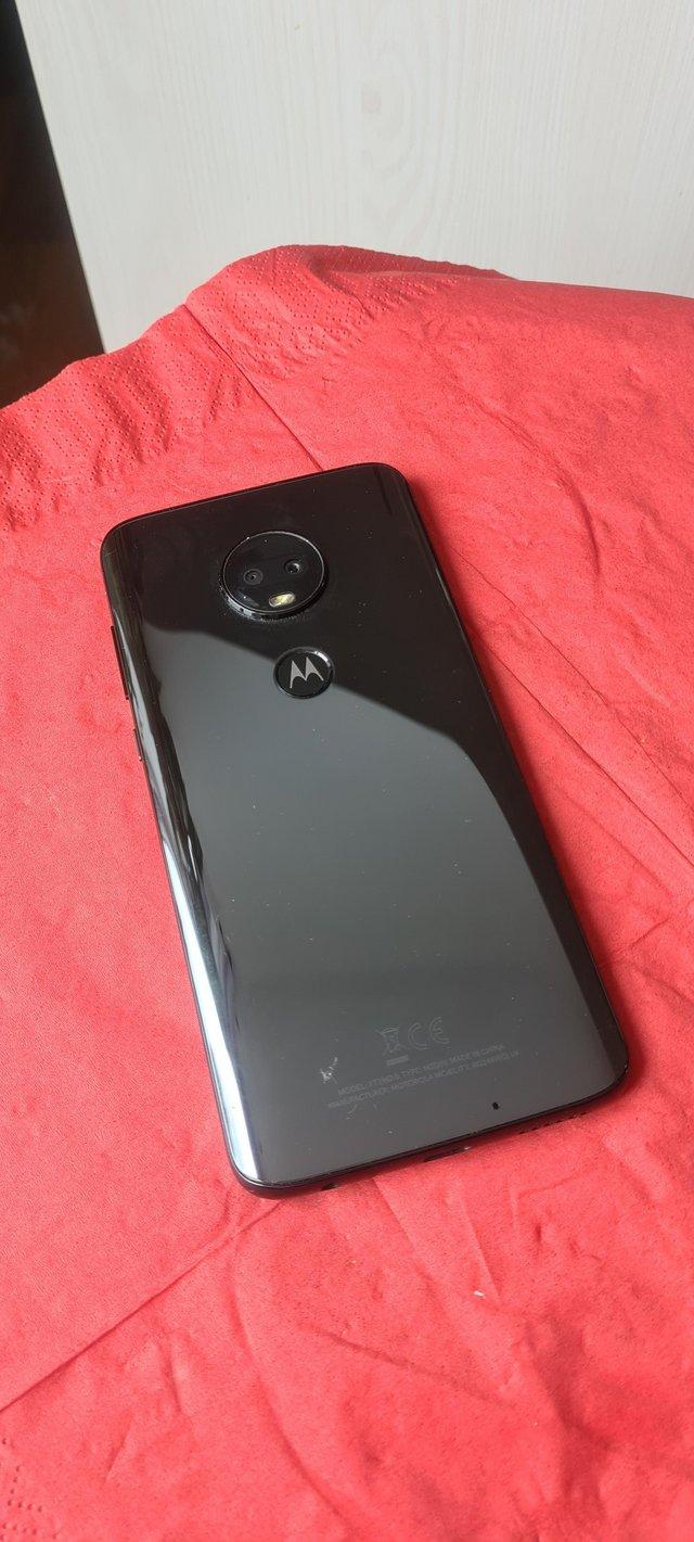 Preview of the first image of Moto g7.