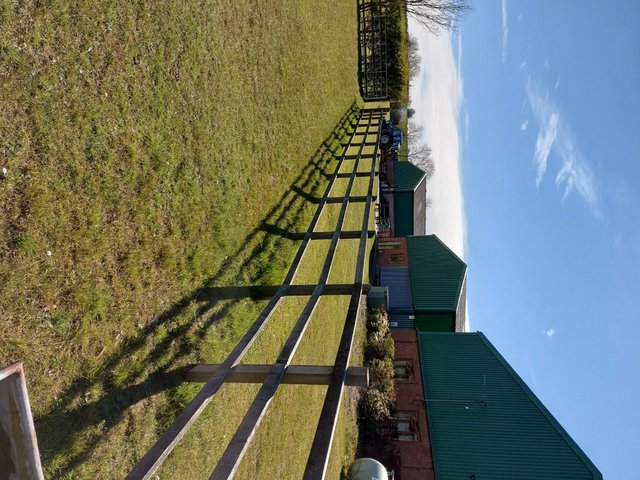 Preview of the first image of Part livery available private farm in Tilbrook.