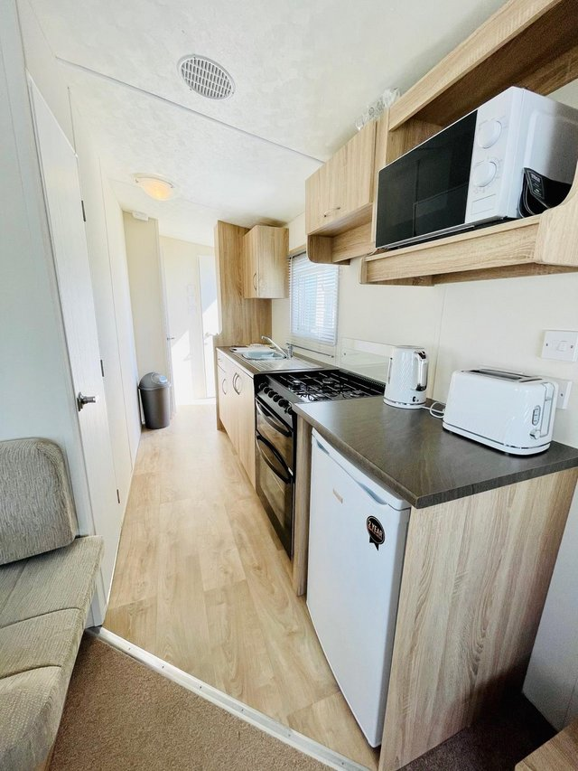 Image 2 of CHEAP STATIC CAAVAN ON SOUTH COAST - FREE SITE FEE CALL JOSH