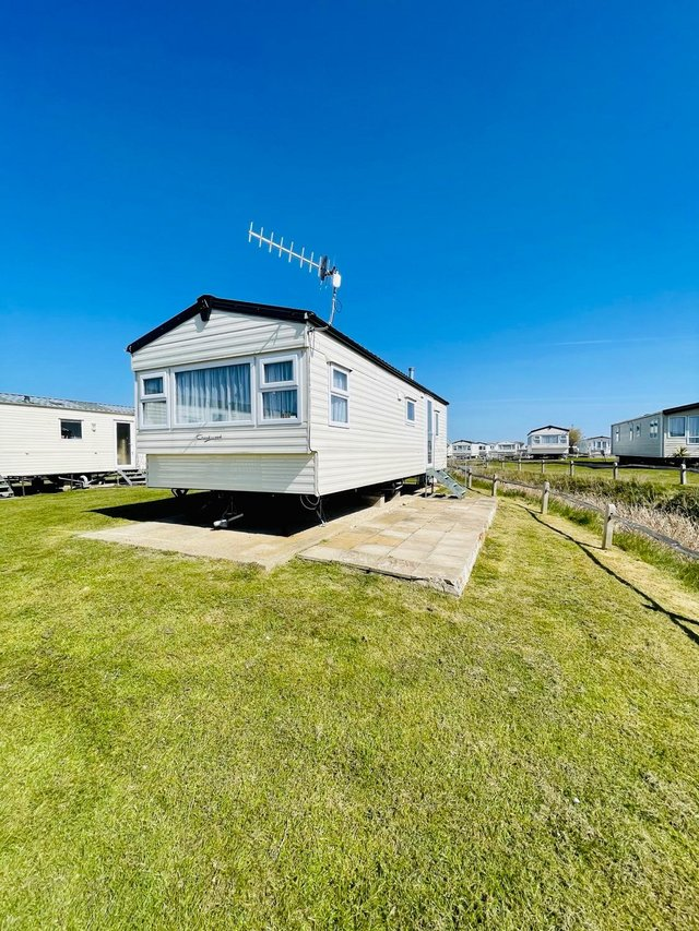 Image 5 of CHEAP STATIC CAAVAN ON SOUTH COAST - FREE SITE FEE CALL JOSH