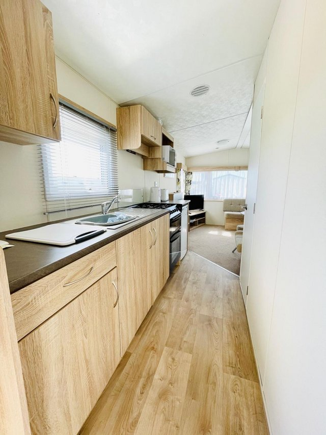 Image 7 of CHEAP STATIC CAAVAN ON SOUTH COAST - FREE SITE FEE CALL JOSH