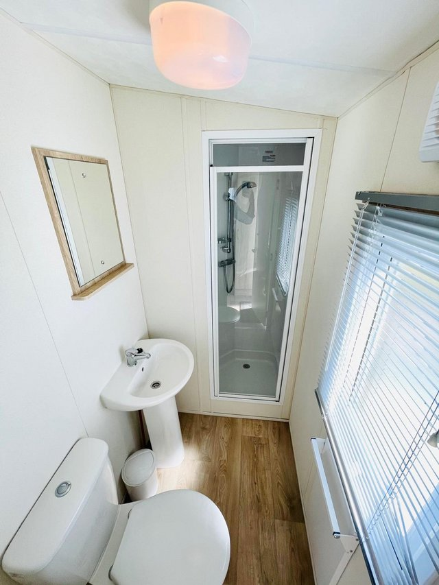 Image 11 of CHEAP STATIC CAAVAN ON SOUTH COAST - FREE SITE FEE CALL JOSH