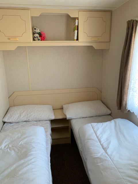 Image 4 of 3 Bedrooms 6 Berth Caravan For Hire Chaple St Leonards