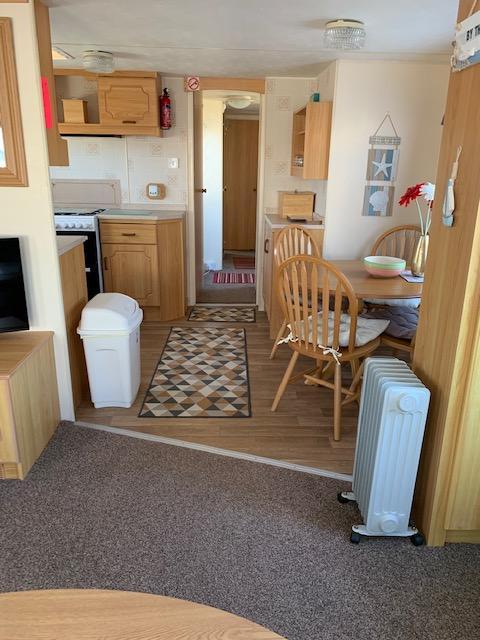 Image 9 of 3 Bedrooms 6 Berth Caravan For Hire Chaple St Leonards