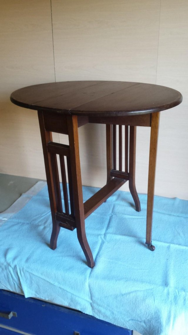 Image 3 of Occasional table drop leaf