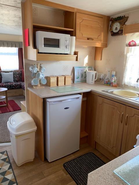 Image 9 of 3 Bedroom 6 Berth Caravan For Hire