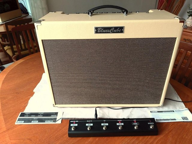 Preview of the first image of Roland Blues Cube Artist 85W 2x12 Combo.