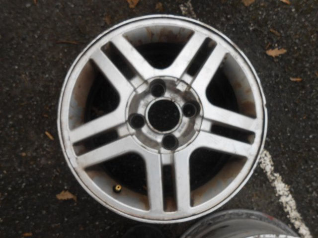 Preview of the first image of 4 X  Factory Alloy Wheels for a 2005 Fiesta Mk6.