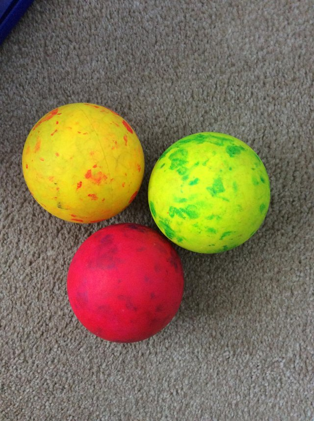 Image 3 of Selection of juggling balls. (Real not toys)