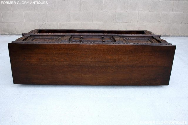 Image 24 of A TITCHMARSH AND GOODWIN CARVED OAK SIDEBOARD DRESSER BASE