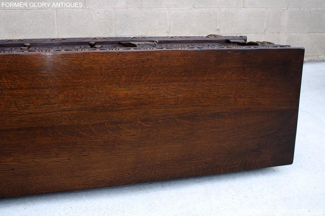 Image 40 of A TITCHMARSH AND GOODWIN CARVED OAK SIDEBOARD DRESSER BASE