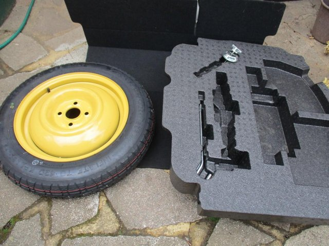 Preview of the first image of Honda Jazz Spacesaver spare wheel.