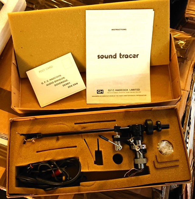 Preview of the first image of Hadcock Soundtracer Tonearm.