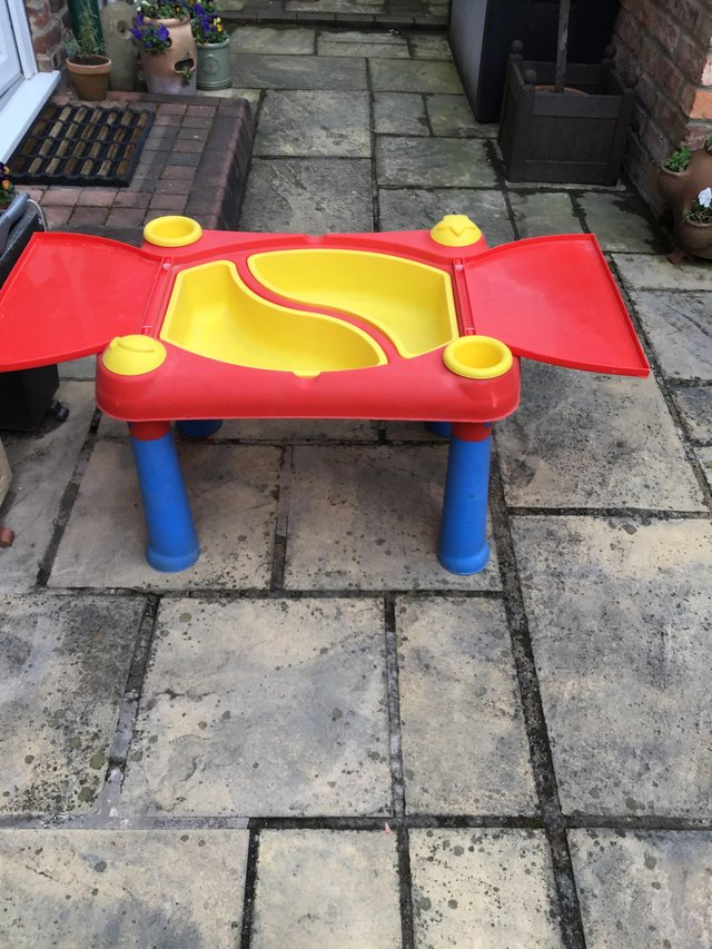Image 2 of Child sand pit/play table with assorted toys