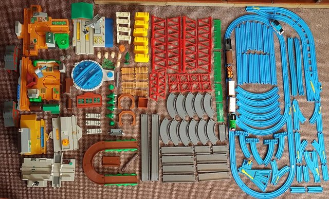 Preview of the first image of Tomy Thomas The Tank Engine Train Track Bundle Joblot.