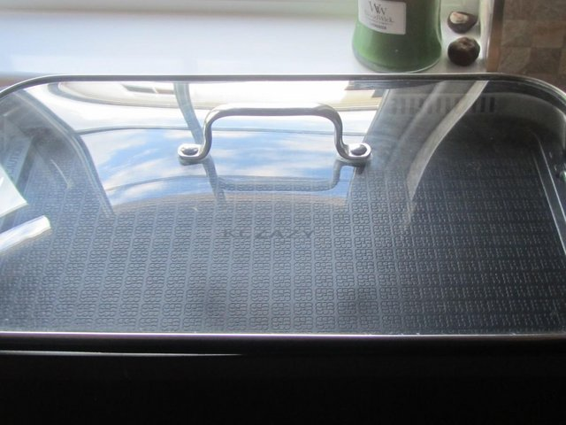 Preview of the first image of KCZAZY INDOOR ELECTRICSMOKELESS GRILL.