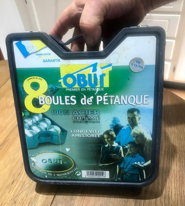 Image 2 of Original set of 8 French boules in box.
