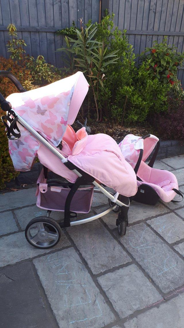 Image 2 of Beautiful travel system