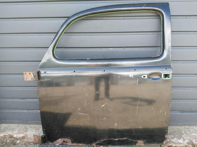 Preview of the first image of VW BeetleLH Door (1960-1964).