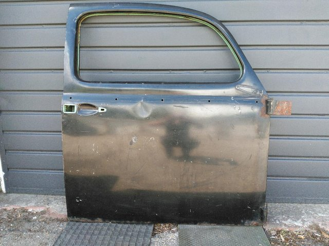 Preview of the first image of VW Beetle RH Door 1960-1964.