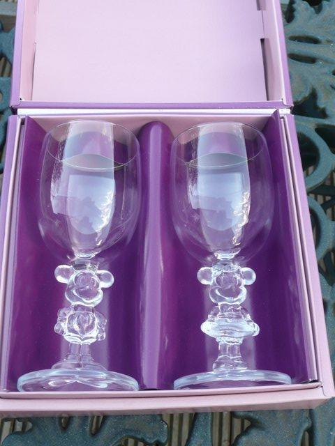 Image 3 of WALT DISNEY MICKEY AND MINNIE GLASS SET(Pair)