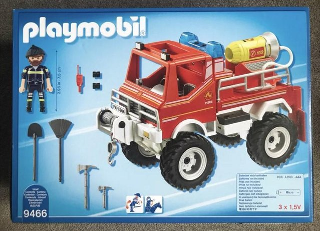 Image 2 of NEW Playmobil 9466 City Action Fire Engine Truck