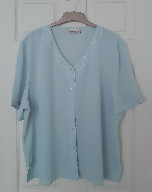Preview of the first image of Pretty Ladies Blouse By Bon Marche - Size 24.