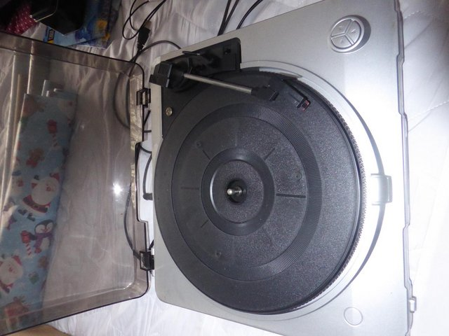 Preview of the first image of USB Record Deck.