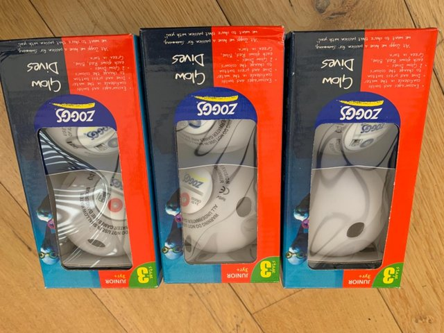 Preview of the first image of Zogg glow dives, diving aid for children set of 6.