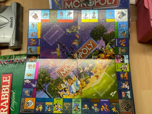 Preview of the first image of Collectable Monopoly game.