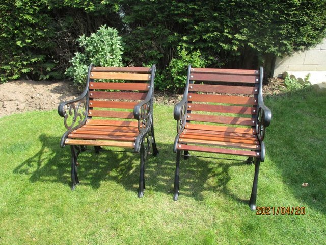 Preview of the first image of a pair of garden seats.