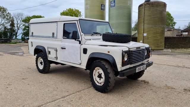 Preview of the first image of Land Rover 110 Defender 300TDi R816VOG 1998 The Bourne Stock.
