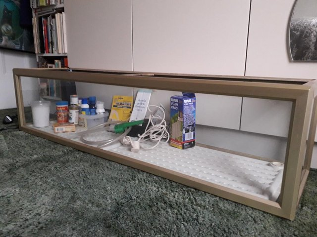 Image 3 of Aquarium for sale with Fluval filter and other accessories