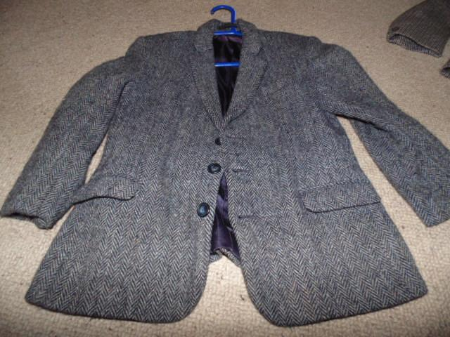 Preview of the first image of Lovely quality Tweed Jacket size age 10 P+P £3.