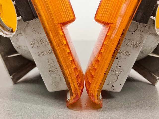Image 2 of VW T4 original VW orange front indicator lenses