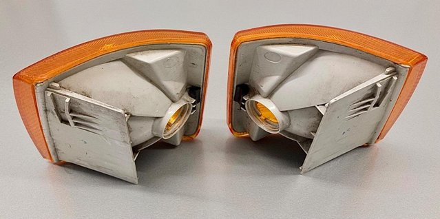 Image 3 of VW T4 original VW orange front indicator lenses