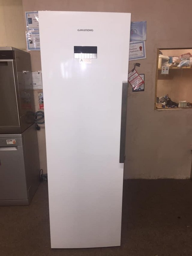 Preview of the first image of grundig white freezer frost free.