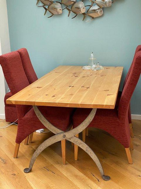 Preview of the first image of Bath Dining Table.