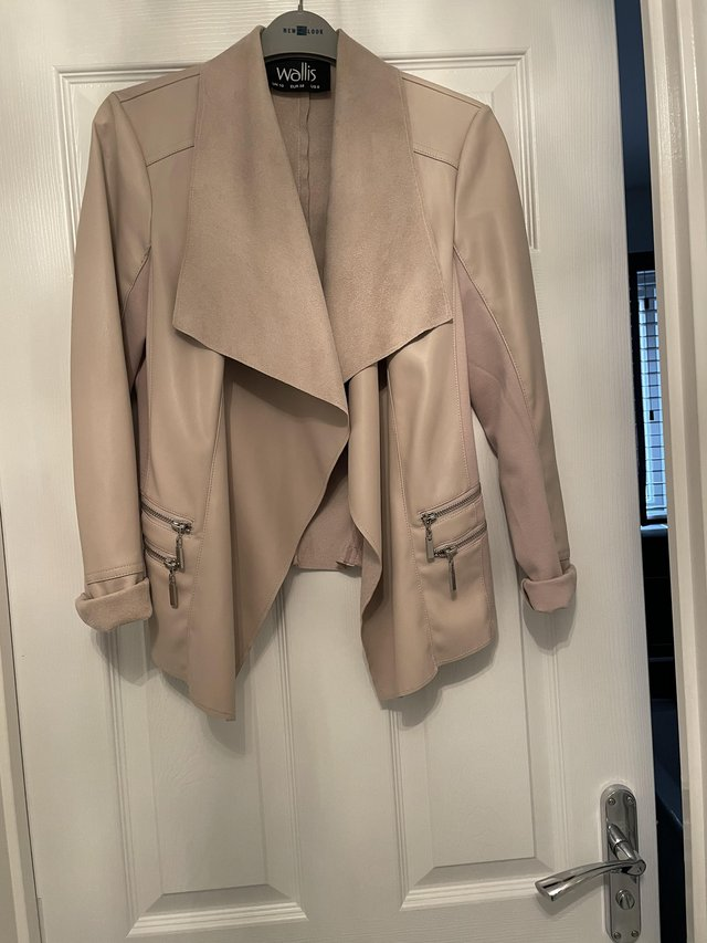 Preview of the first image of Wallis Beige Faux Leather Jacket.