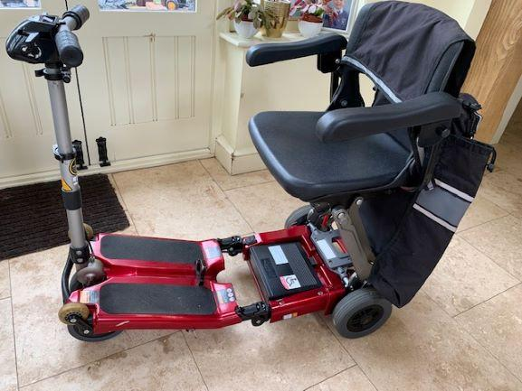 Image 3 of Luggie Elite Folding Scooter