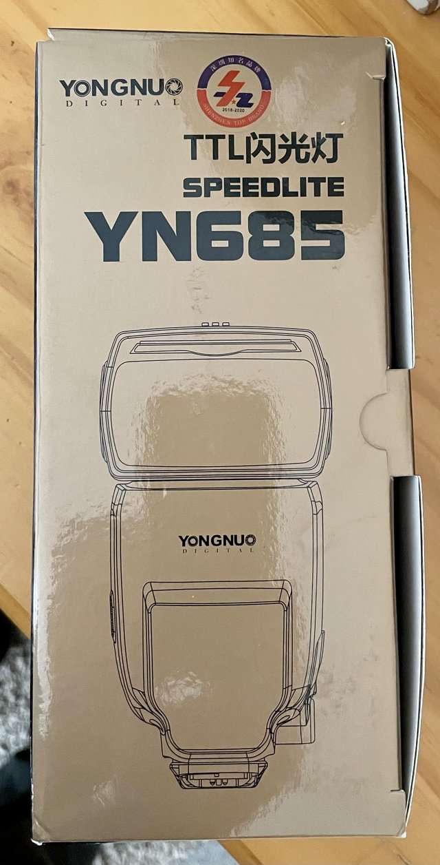 Preview of the first image of Yongnuo speedlite camera flash unit.