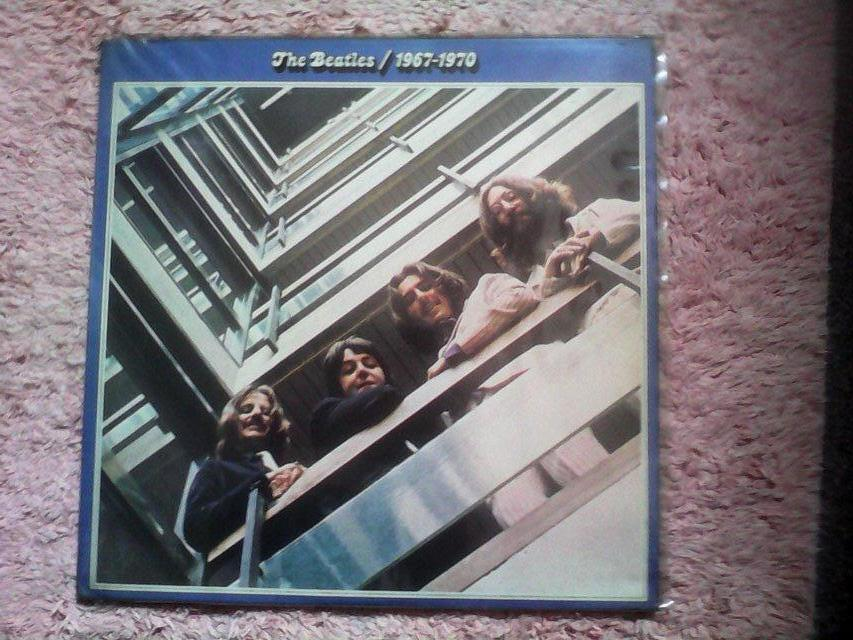 Image 3 of THE BEATLES 62-66+67-70 DOUBLES EXCELLENT CONDITION