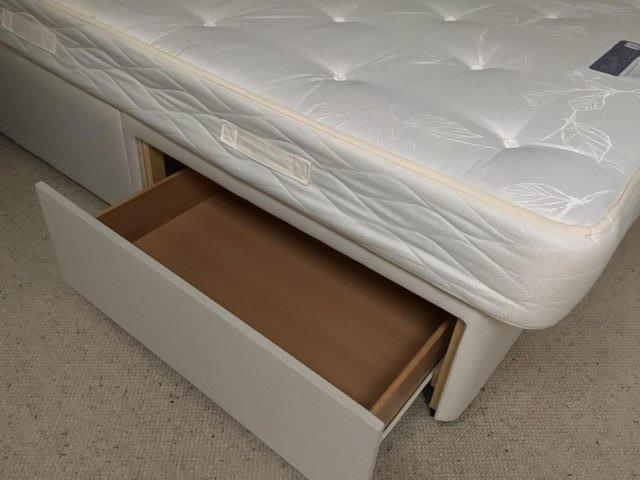 """Image 3 of 4'6"""" double bed divan with uPVC headboard and 2 storage draw"""